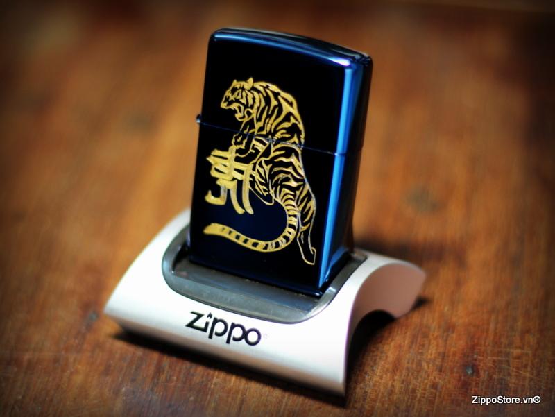 Zippo Khắc Hổ Mạ Vàng