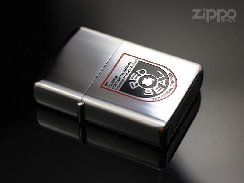 quet zippo co 1974 red seal