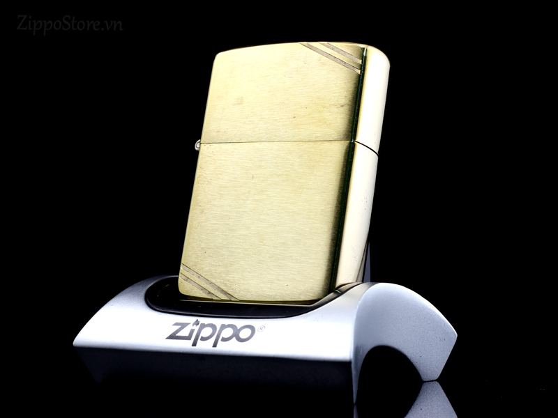 zippo_dong_nguyen_khoi_mau_vang