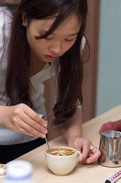 Barista - nghệ nhân của những cốc cà phê