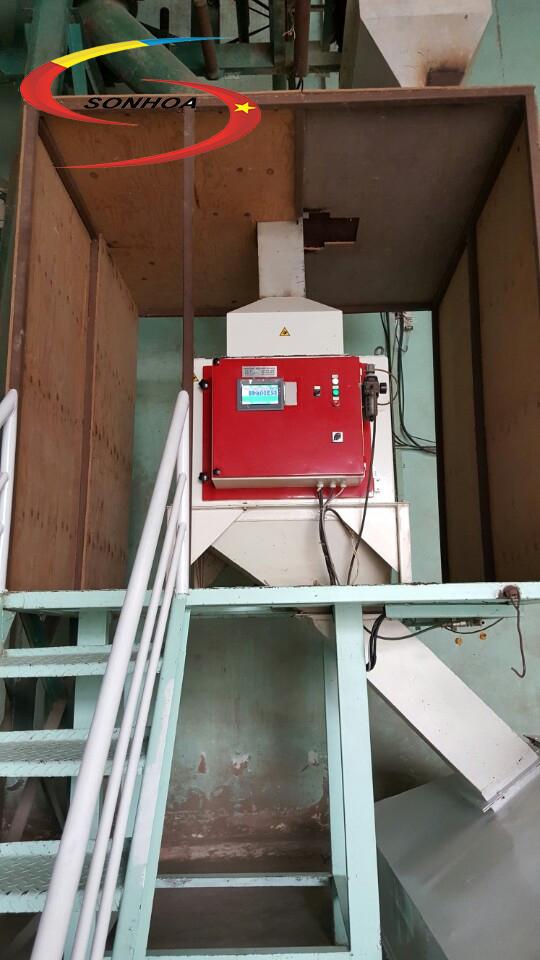 Cầu thang đi lên khu vực điều khiển