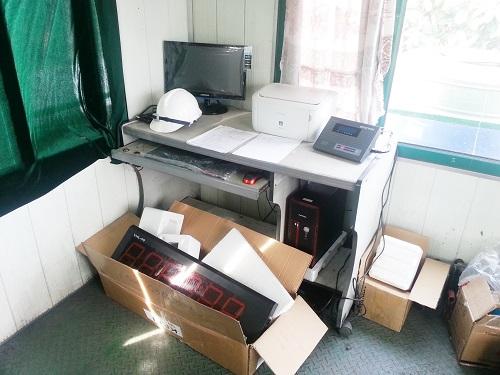 Máy tính, máy in, đầu cân điện tử, màn hiển thị