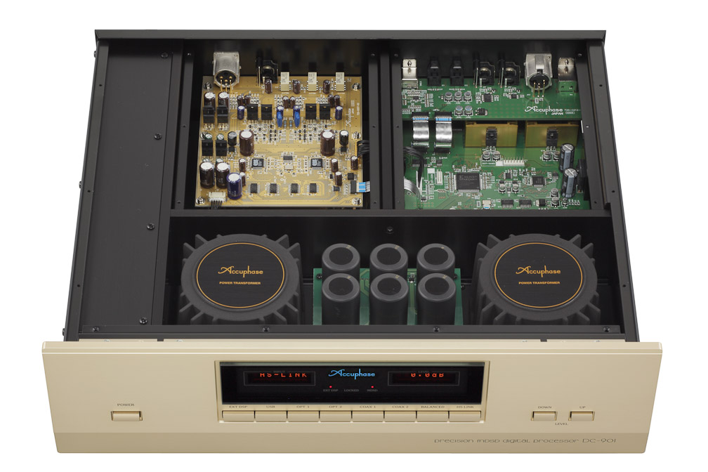 bên trong Accuphase DC-901