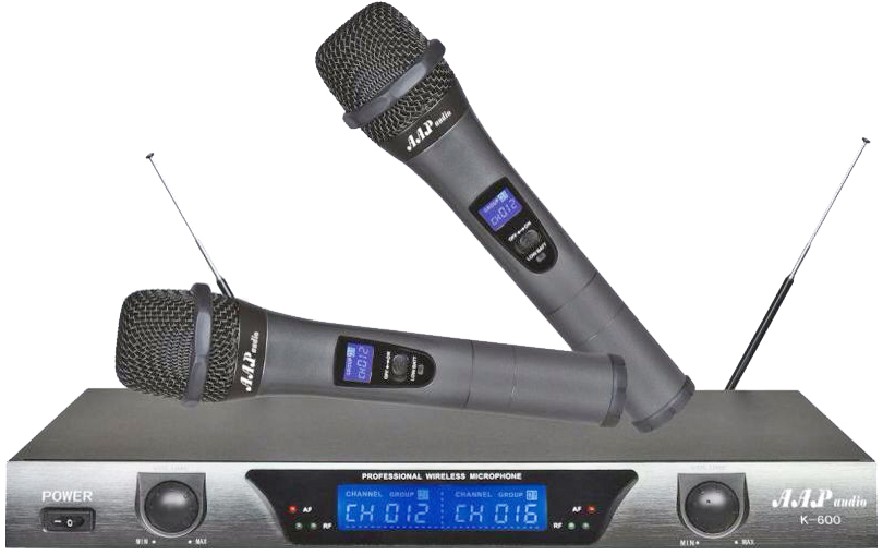 Dau karaoke thong minh Hanet voi tinh nang chon bai bang giong noi