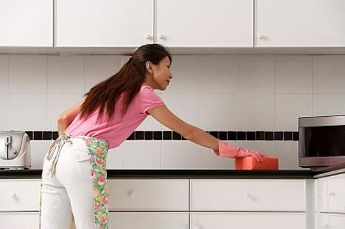mẹo lau chùi bếp