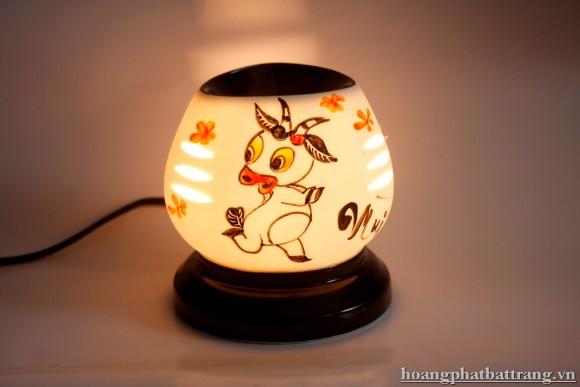 Đèn xông tinh dầu tam giác nhỏ