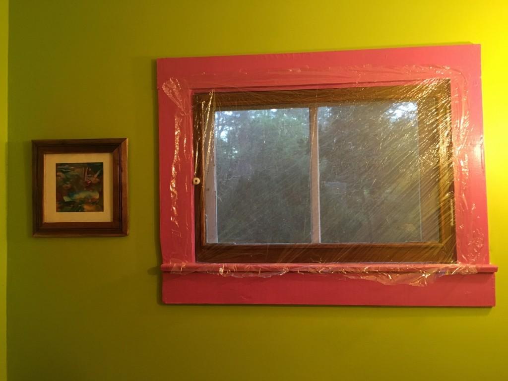 Dùng nilong băng cửa kính nhà tắm