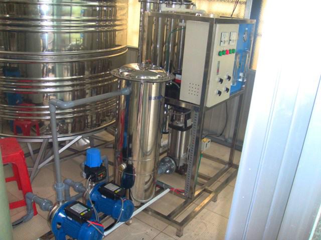 Lắp đặt máy lọc nước văn phòng tại công ty (hình mẫu)