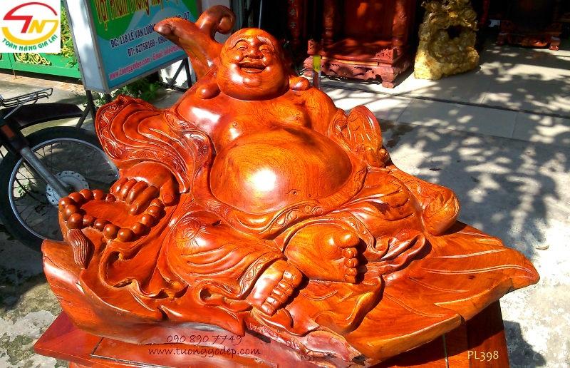 Phật Di Lặc ngồi lá đào