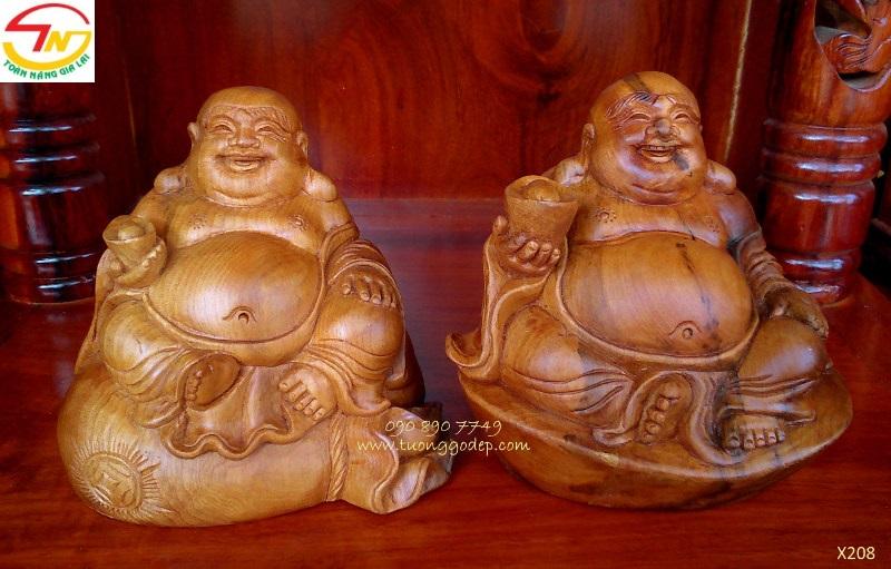Phật di lặc để xe ô tô