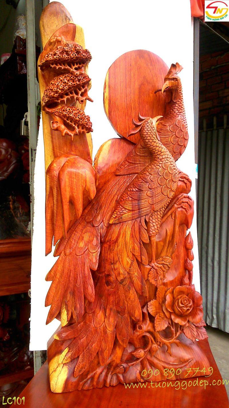 Chim Công bằng gỗ