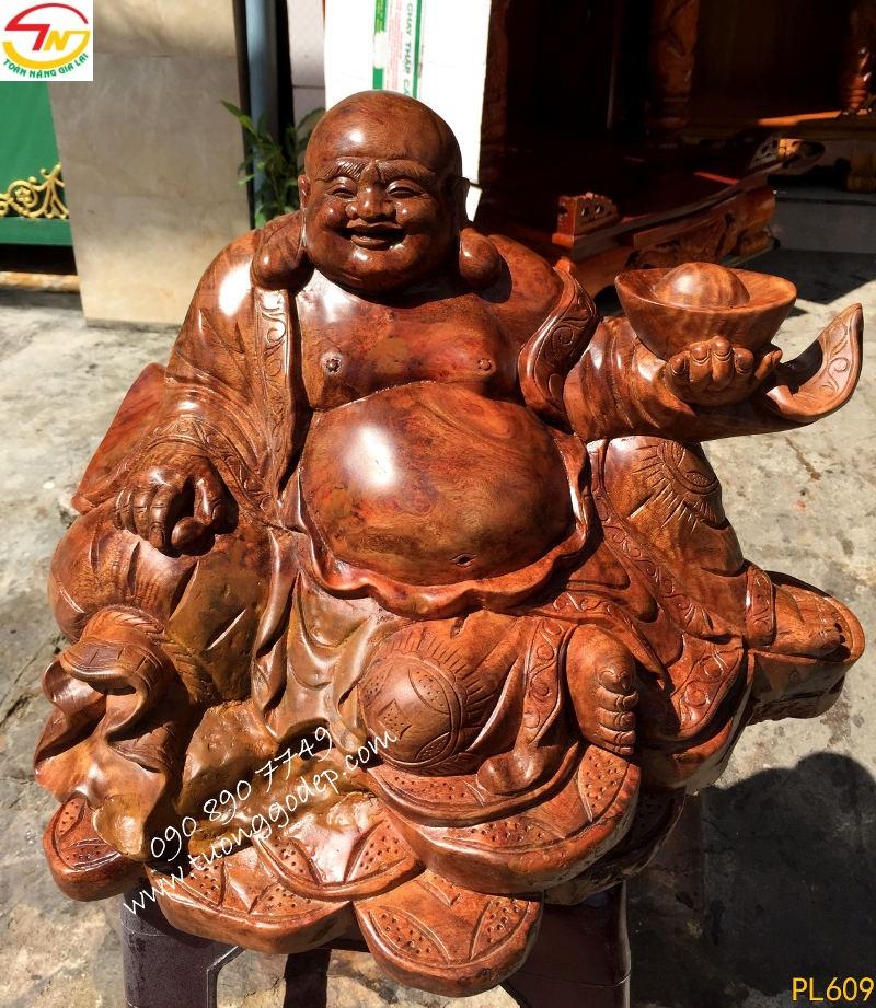 Phật Di Lặc nu gỗ xá xị