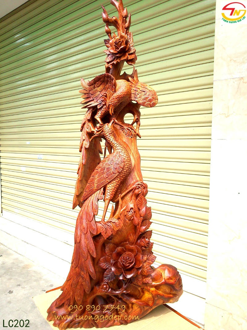 Chim Công gỗ hương