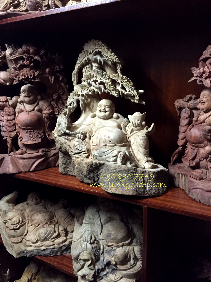 Phật Di Lặc gỗ xá xị