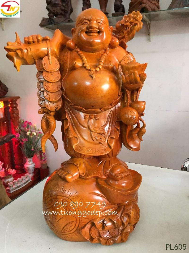 Phật Di Lặc đứng bao tiền