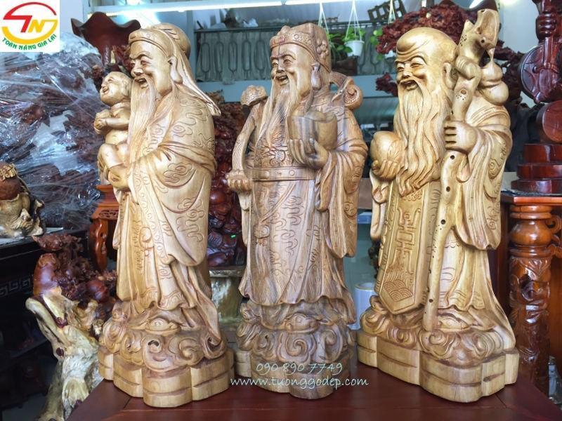 Tượng Phúc Lộc Thọ bằng gỗ bách xanh