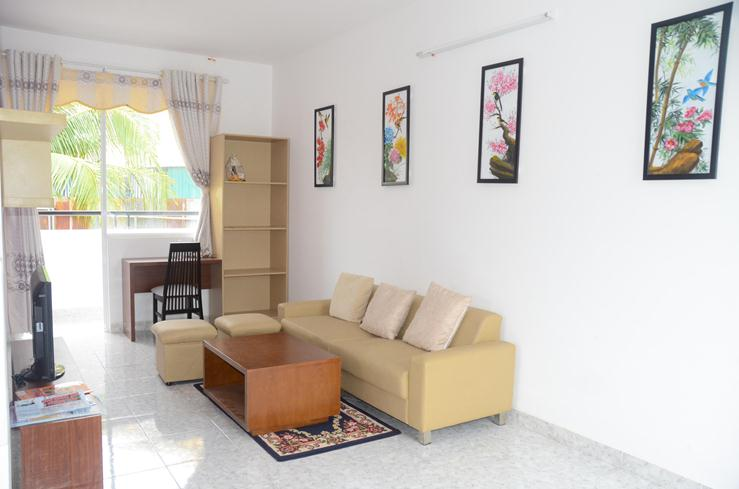Phòng khách căn hộ Lotus Apartment