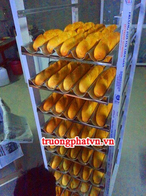 Xe đẩy khay nướng bánh mì