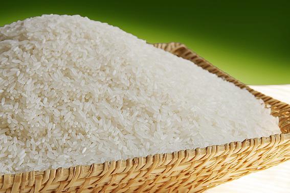 Nấu cơm niêu nên chọn gạo tám thơm hay tám xoan