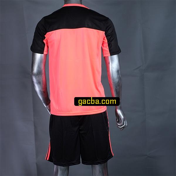 Quần áo bóng đá không logo 3468 hồng mặt sau