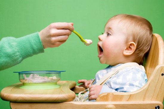 6 lưu ý mẹ cần chú ý về dinh dưỡng cho trẻ nhỏ 3