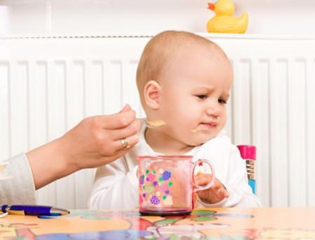 sữa care 100 plus cho trẻ biếng ăn