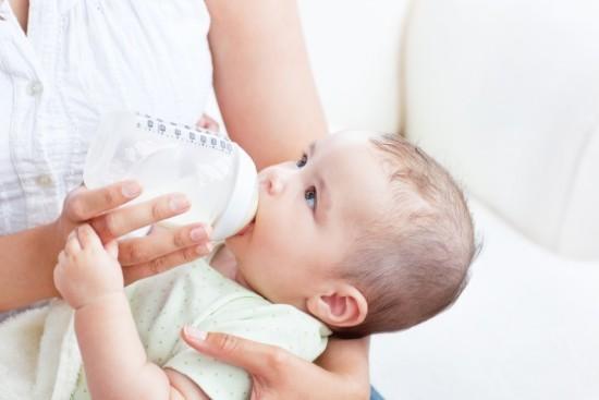 Sữa mẹ nóng khiến con không thể tăng cân 2