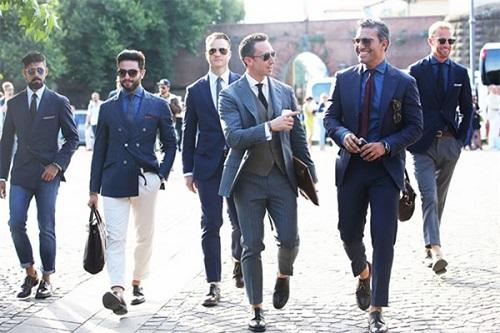 Cách chon màu sắc cho trang phục quý ông