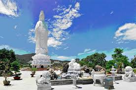 http://www.vietnamtourism-info.com/images/products/BI44T0035Bai-bien-Ca-Na.jpg