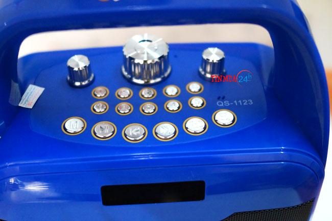 bảng điều khiển loa xách tay karaoke di động QS 1123