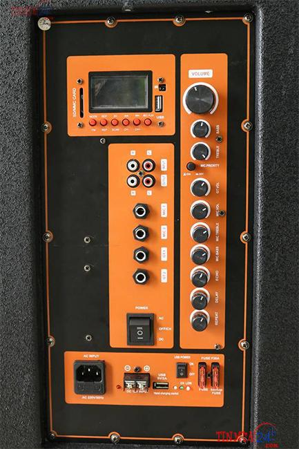 Bo mạch loa kéo di động Bose DK-6868FX