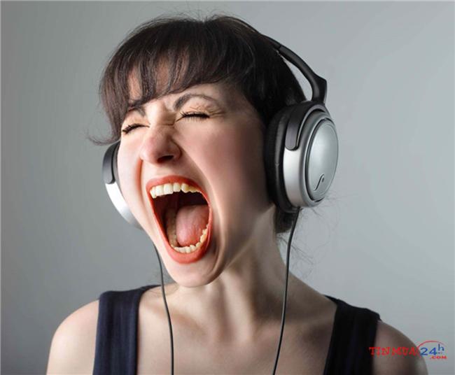 Đeo tai phone thường xuyên
