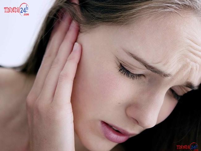 Tác hại của việc đeo tai thường xuyên