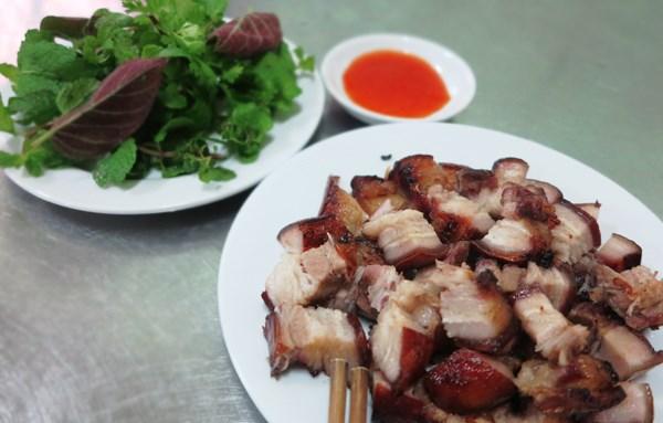 Thịt lợn đen quay