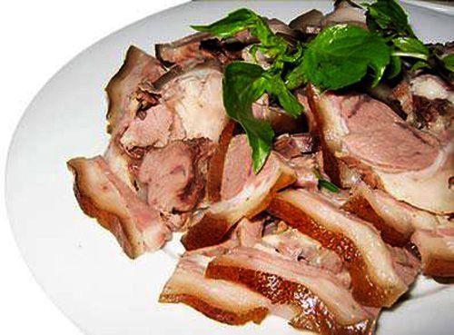Thịt Lợn Mán hấp mắc mật