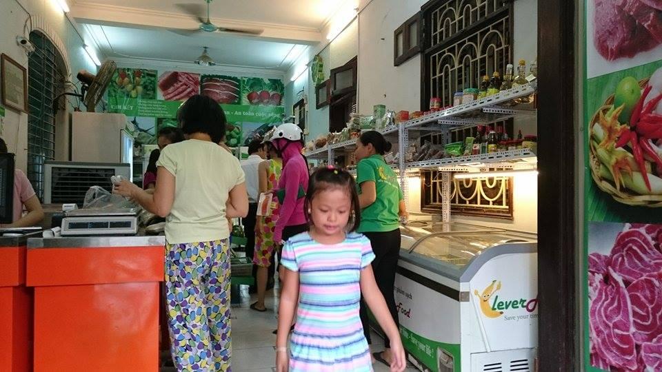 cửa hàng thực phẩm sạch Hoàng Quốc Việt