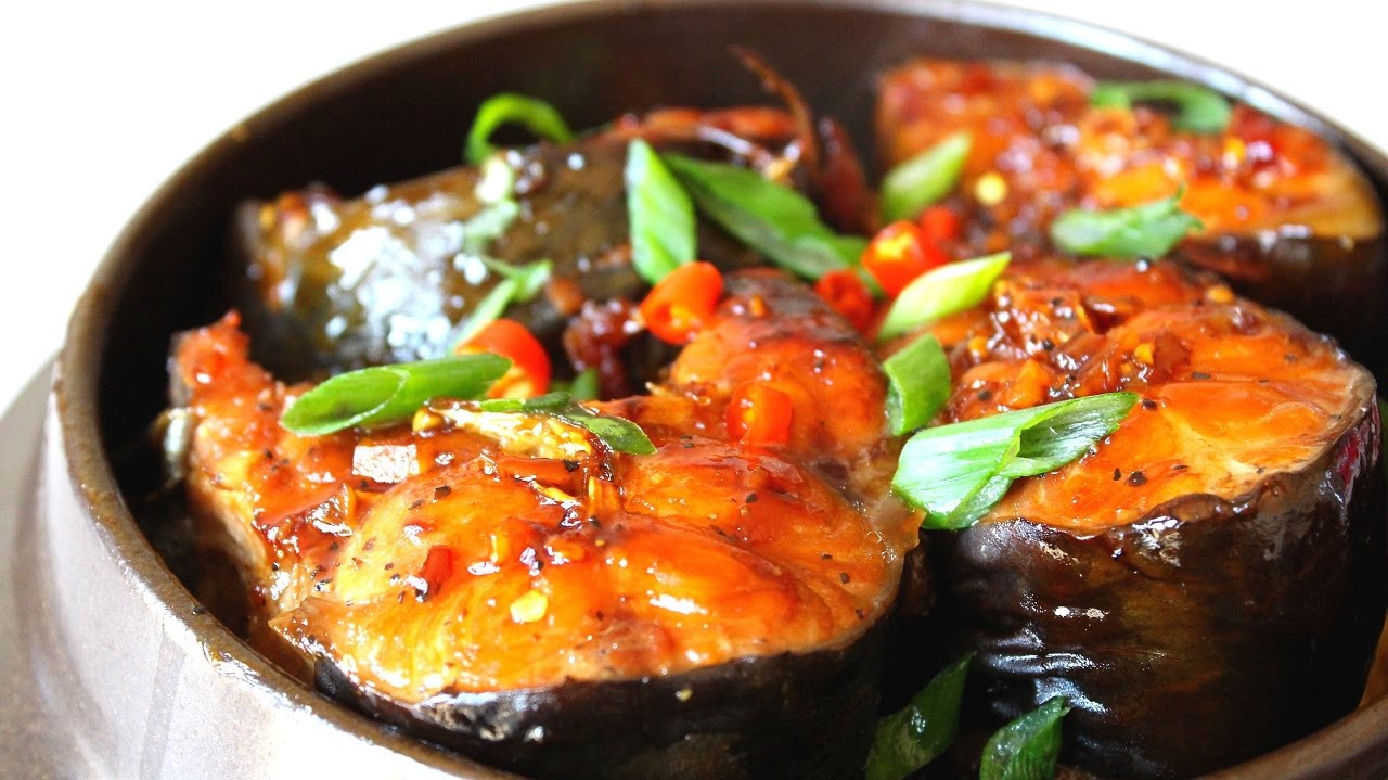 Kết quả hình ảnh cho cách làm món cá thu kho cà tím
