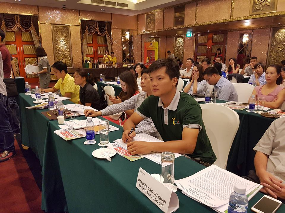"""hội nghị:""""Nông nghiệp an toàn: Giải pháp thúc đẩy trách nhiệm thực thi trong quản lý chuỗi giá trị nông nghiệp"""""""