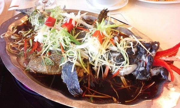 cách chế biến cá tầm hấp xì dầu