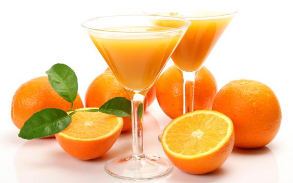 không uống nước cam sau khi uống thuốc
