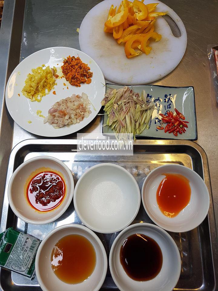 nguyên liệu làm món lươn xào sả ớt 1