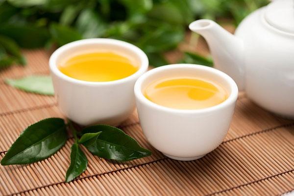 Không sử dụng trà xanh sau khi uống thuốc