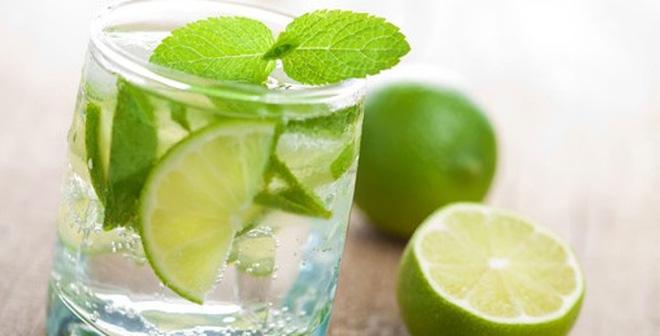 Giảm mệt mỏi sau nghỉ lễ bằng cách uống nước chanh