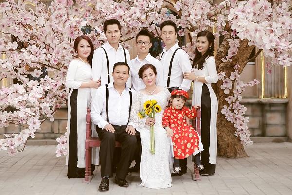 chụp ảnh cưới kỉ niệm ngày cưới