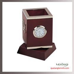 Đồng hồ gỗ để bàn khắc logo - 013