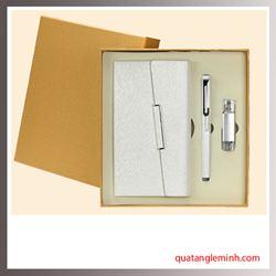 Bộ quà tặng 3 sản phẩm Sổ da A6, Bút ký, USB OTG 004