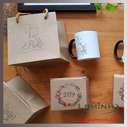 Bộ cốc sứ in logo - Lavie Est Belle