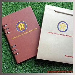 Sổ Da In Logo Bìa Còng Màu Nâu Để Hở Còng - Kh CĐ Cộng Đồng