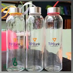 Chai Thủy Tinh Có Dây Xách In Logo - KH TP Bank