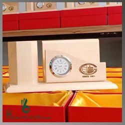 Đồng hồ để bàn kết hợp ống cắm bút - KH Da Nang Port